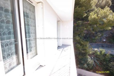 EXCLUSIVITE - TOULON OUEST LES MOULINS - APPARTEMENT T4 - 68 M² - ASCENSEUR - 2 BALCONS - PARKING PRIVATIF - CAVE 7/7