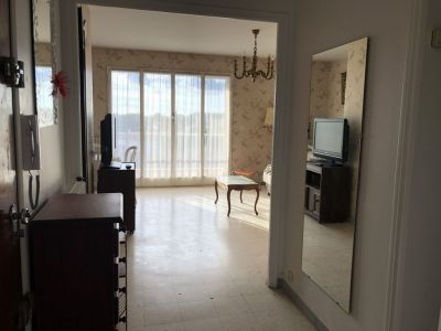 BANDOL - APPARTEMENT FX T4 - CALME - RESIDENCE SECURISEE PROCHE COMMODITES 4/12