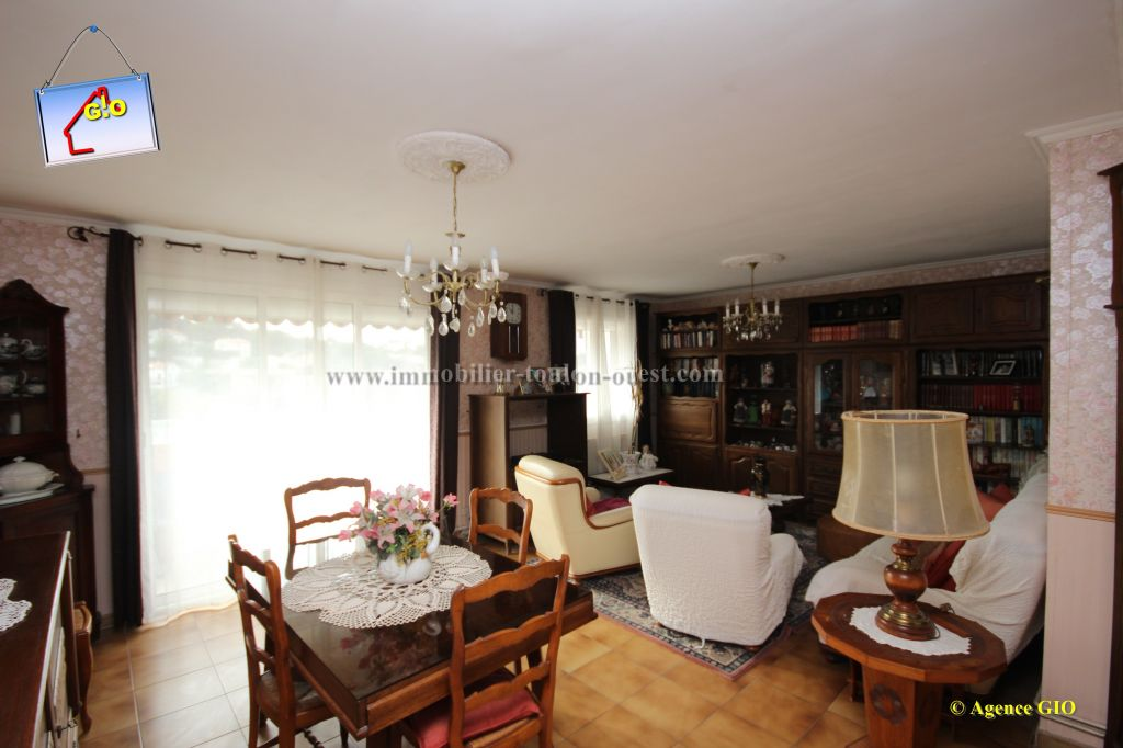 EXCLUSIVITE - VALBERTRAND - APPARTEMENT T4 DE 80 M² - 2 CHAMBRES - BALCON - ASCENSEUR - PARKINGS - POSS. GARAG 3/9