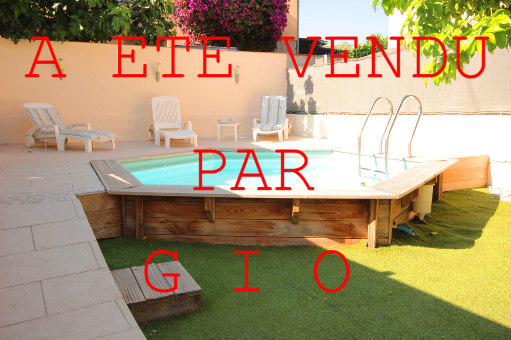 EXCLUSIVITE - TOULON OUEST - BAS DE VILLA  T4 DE 67 M2 - JARDIN PRIVATIF - PISCINE - GARAGE 1/16