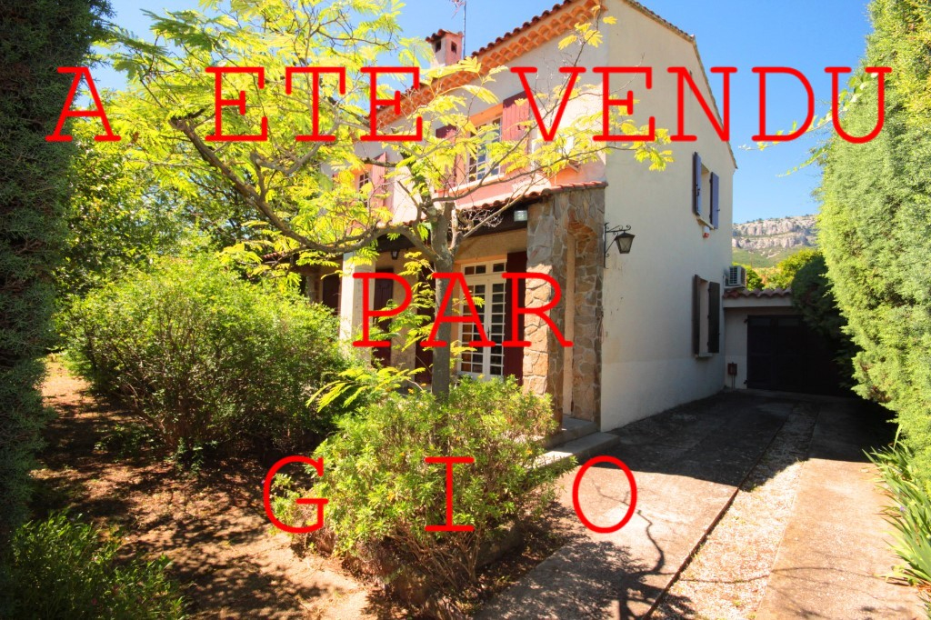 EXCLUSIVITE - LES 4 CHEMINS - VILLA T6 DE 157 M² - TERRAIN 450 M² - GARAGE - PARKINGS