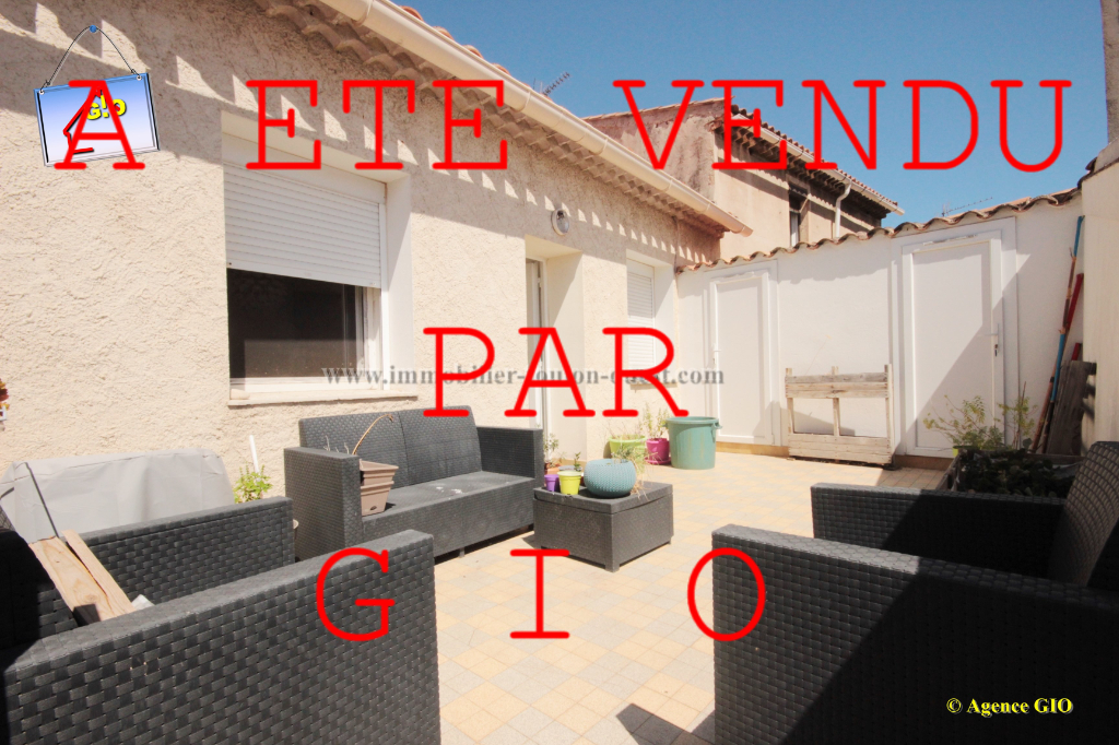 EXCLUSIVITE - TOULON LES ROUTES - VILLA DE DEUX APPARTEMENTS T4 ET T3 - GARAGE - TERRASSE - JARDIN