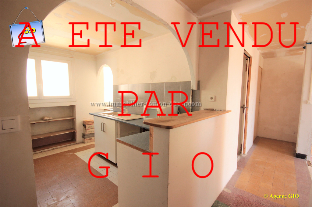 EXCLUSIVITE - PONT DU LAS - APPARTEMENT T3 - 59.50 M² - A RENOVER - BALCON SUD - CAVE - PARKING COLLECTIF SECURISE