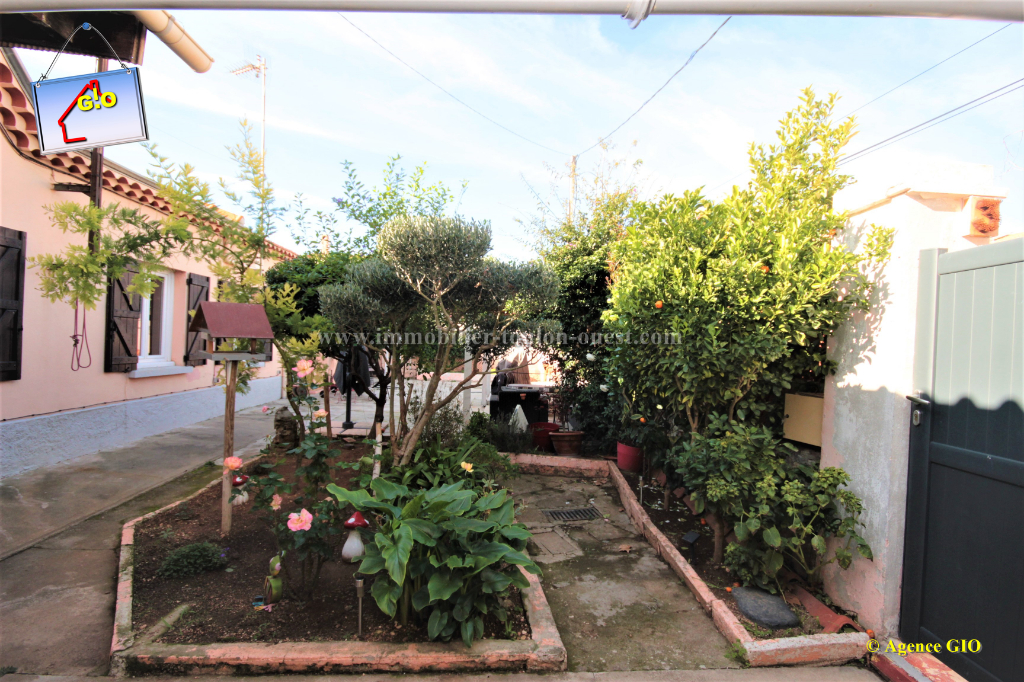 LES ROUTES - VILLA T3 DE 63M² DE PLAIN PIED - TERRAIN DE 220M² - PARKING INTERIEUR
