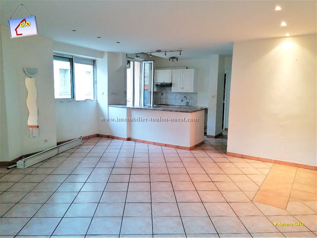 REF  23 - IMMOBILIER TOULON OUEST - AGENCE IMMOBILIERE  G.I.O. TOULON OUEST - LOCATION APPARTEMENT TYPE 3- 60 M²