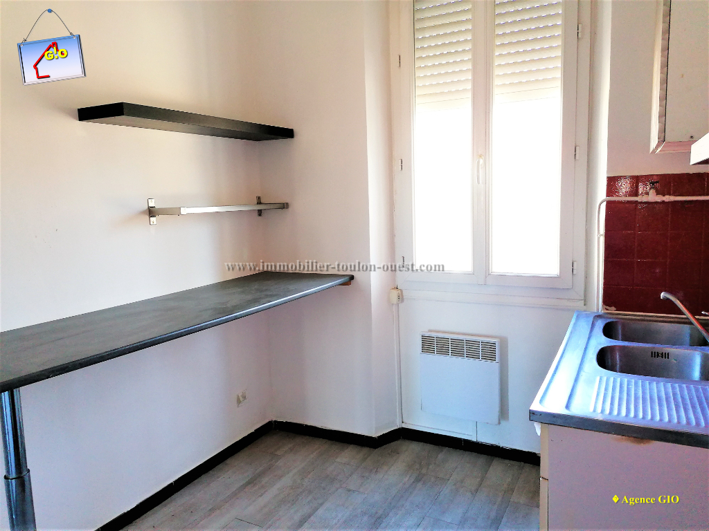 REF 2350- IMMOBILIER TOULON OUEST - AGENCE IMMOBILIERE  G.I.O. TOULON OUEST - LOCATION APPARTEMENT TYPE 2- 45 M² 9/11