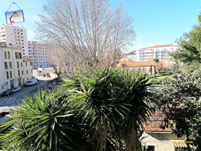 REF 2350- IMMOBILIER TOULON OUEST - AGENCE IMMOBILIERE  G.I.O. TOULON OUEST - LOCATION APPARTEMENT TYPE 2- 45 M² 11/11
