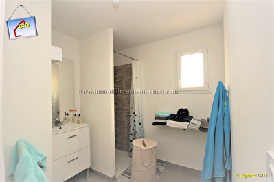 TOULON OUEST - VALBERTRAND - EXCLUSIVITE - RESIDENCE NEUVE - APPARTEMENT  T3 DE 61 M² - 1 CHAMBRE - TERRASSE SUD - PARKING PRIVE 4/6